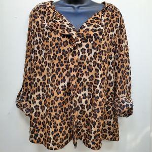 4/$40 Dana Buchman V-Neck Cheetah Print Blouse